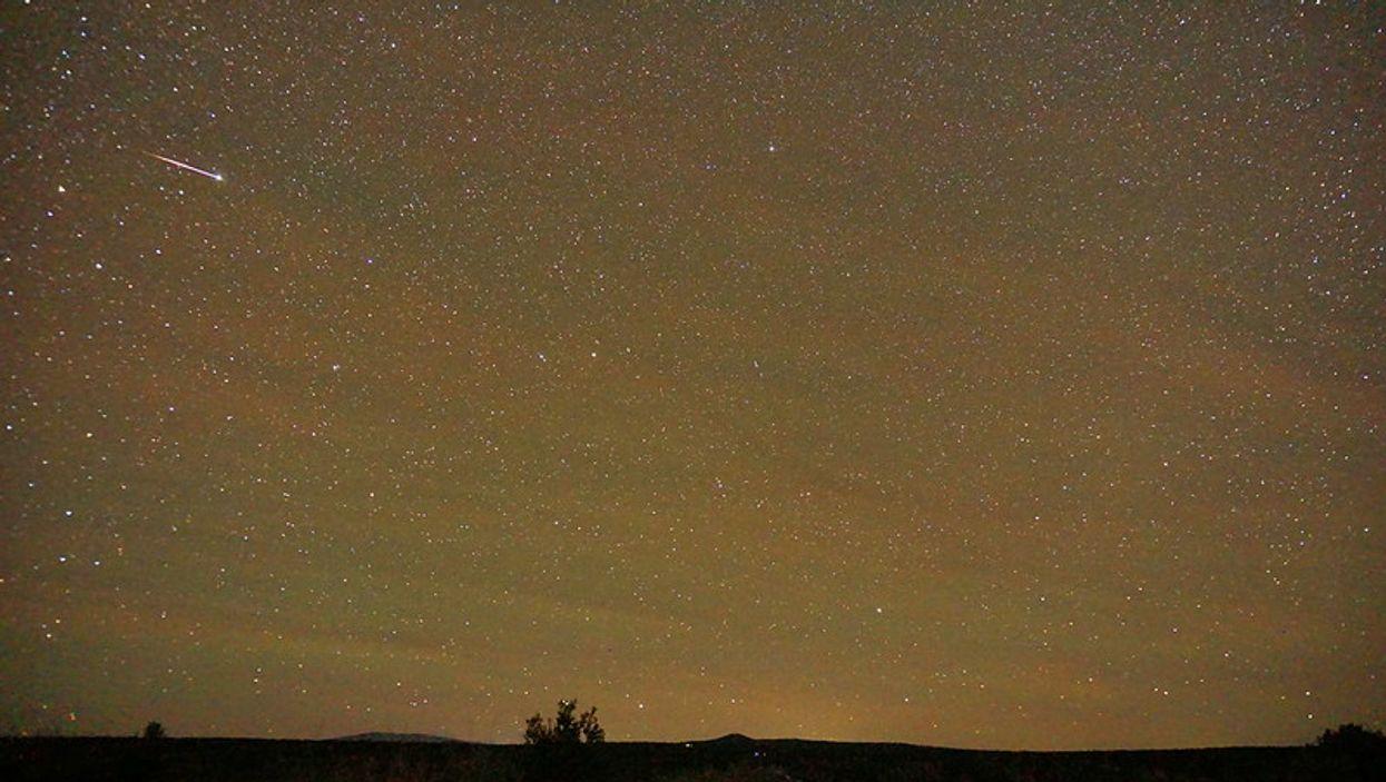 A Breathtaking Meteor Shower Will Light Up Arizona Skies Tonight