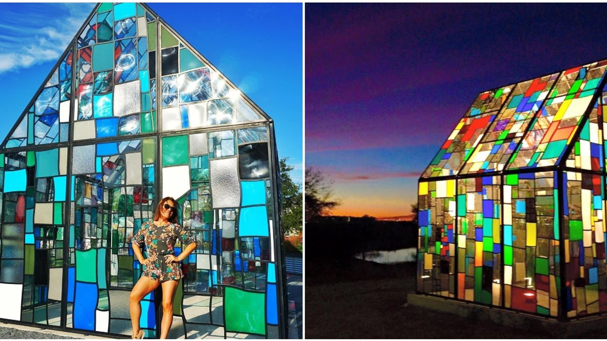 There's A Stunning Illuminated Stained Glass House Hidden In Orlando