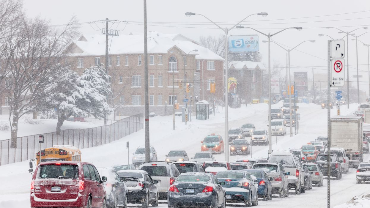 Toronto Drivers Can't Handle The Snow & The GTA Is A Complete Mess This Morning
