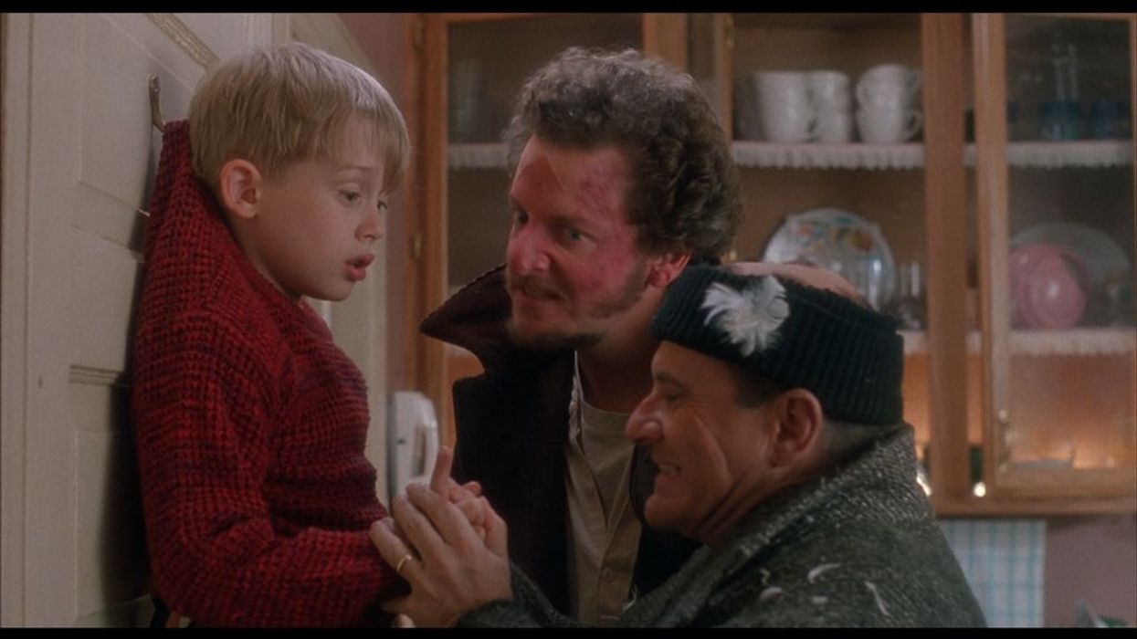 For many people, it's not the holiday season until you watch the Home Alonemovies while munching on popcorn and sipping hot chocolate. The first and second movies star Macaulay Culkin and Schitt's Creek star Catherine O'Hara opposite villians Joe Pesci and Daniel Stern. Home Alone 3 brought in a whole new cast and only got itself a 4.4/10 rating on IMDb. So there are pretty high standards for the Home Alonereboot for Disney+ that will start filming in Montreal early next year.