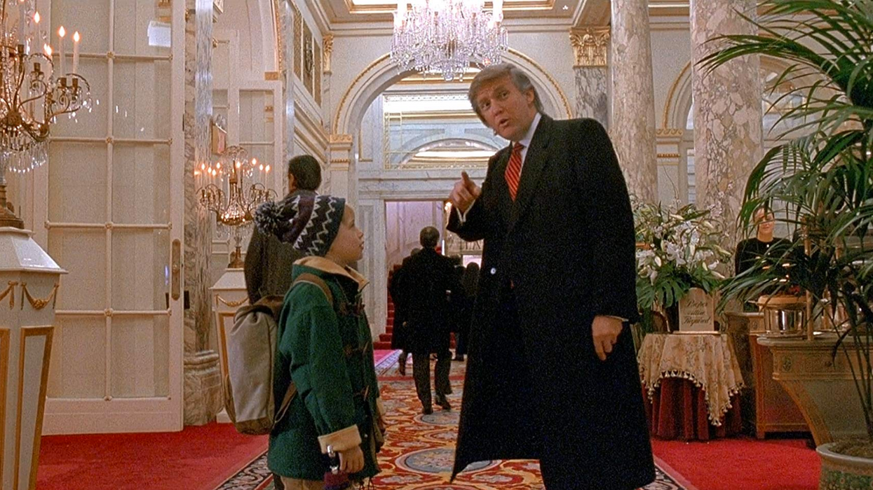 """Donald Trump Home Alone 2 Cameo Was Cut From Canadian Christmas Broadcast To """"Save Time"""""""