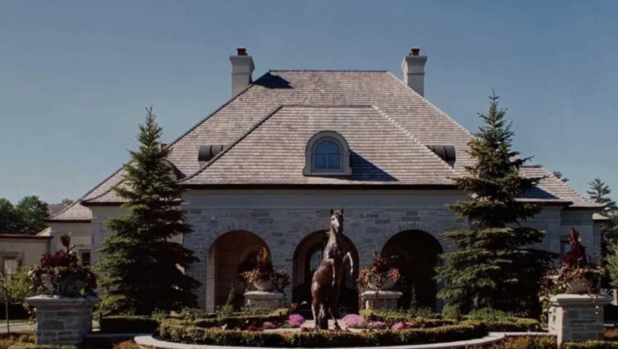 This Ontario Mansion Comes With It's Own Spa Room & Yoga Studio