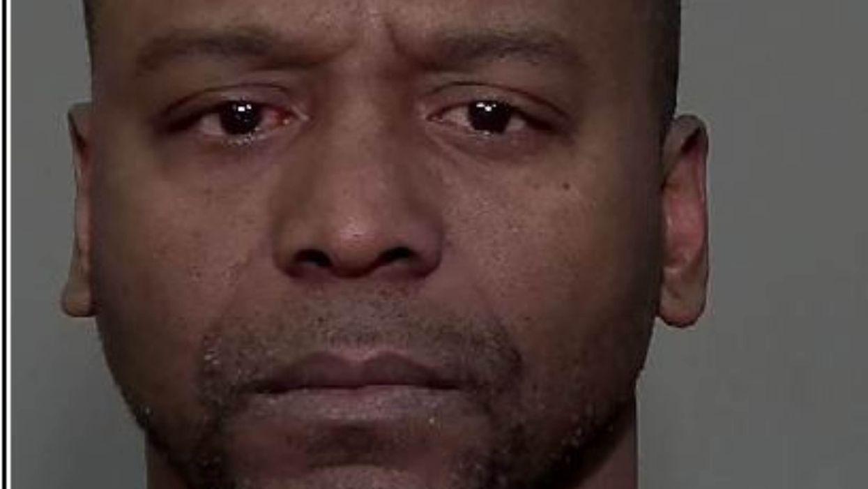 Un homme accusé de proxénétisme et traite de personnes est recherché à Montréal