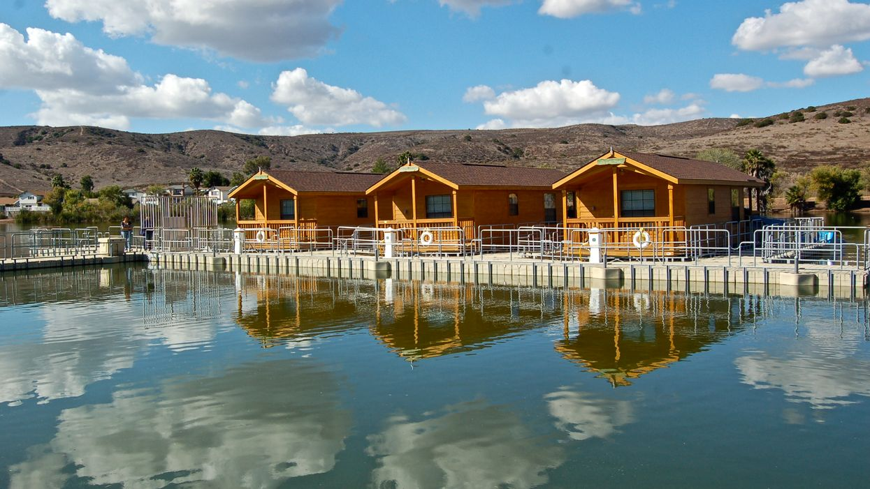 This Floating Lake Cabin Rental In California Is The Perfect Summer Getaway