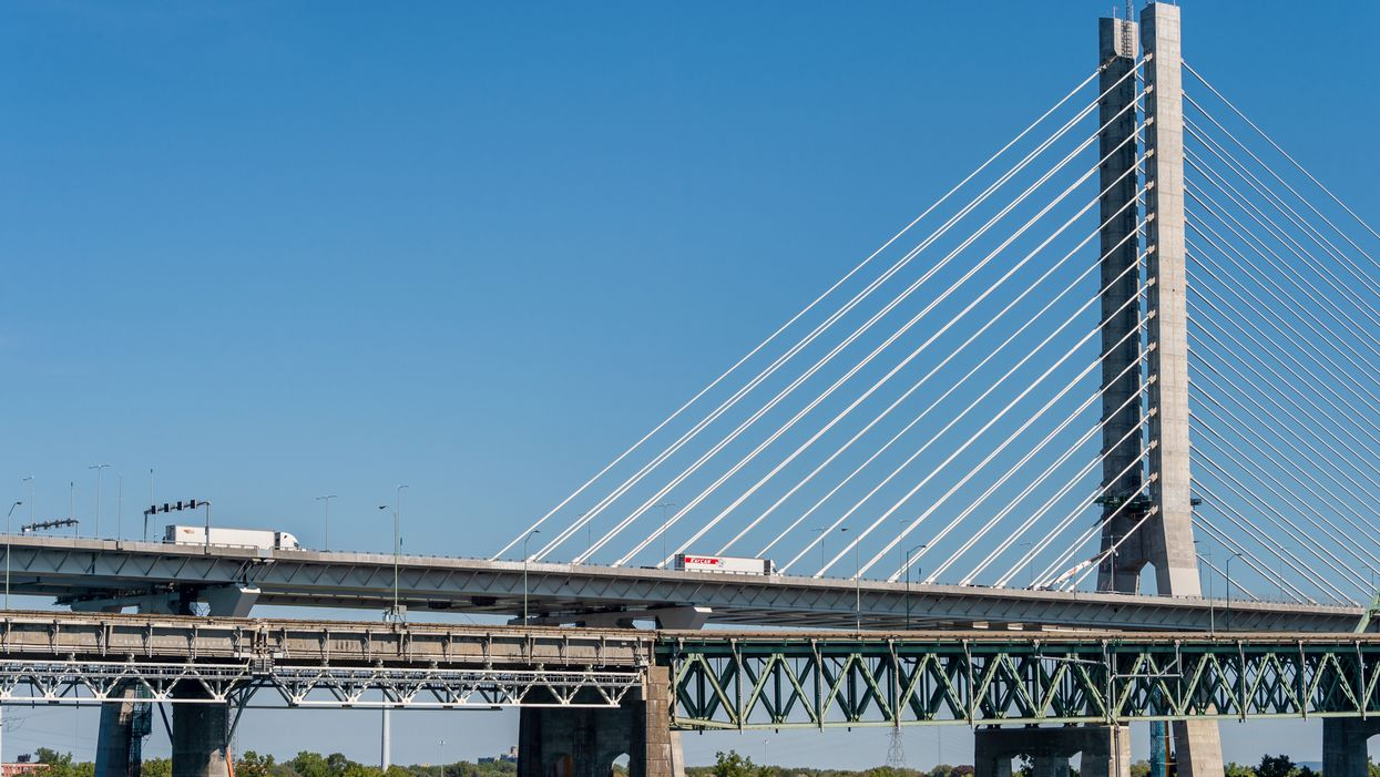 Fermeture du pont Samuel-De Champlain en raison d'un véhicule en flammes