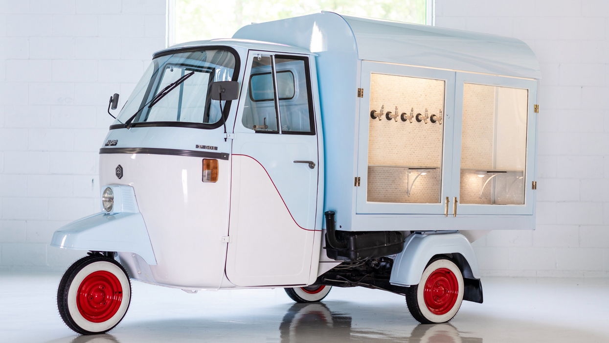 Atlanta Bar Open Late Can Now Include This Adorable Vintage Cart Available For Rent