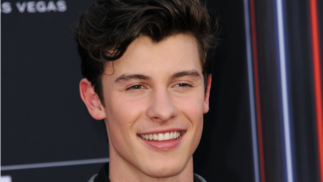 """Fans Are Wondering Where Shawn Mendes Is After """"Vanishing"""" From The 2020 Grammys"""