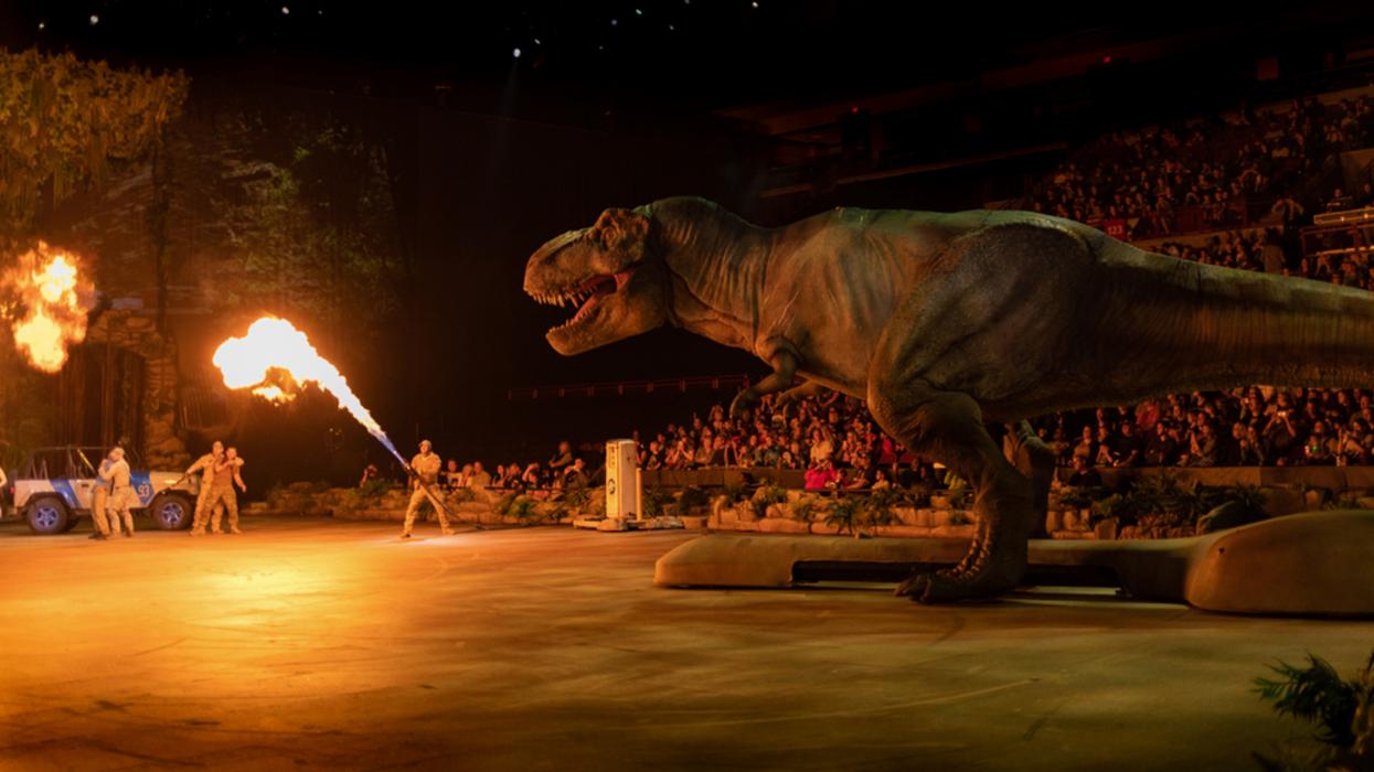 La tournée Jurassic World s'arrête à Montréal et Québec avec ses immenses dinosaures