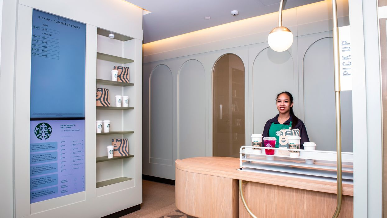 Starbucks Pick-Up Store In Toronto Is Here To Give The 6ix A Taste Of The Future