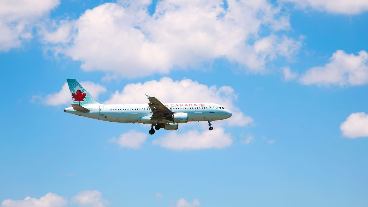 Toronto Madrid Flight Had To Make An Emergency Landing After Engine Issues (VIDEO)