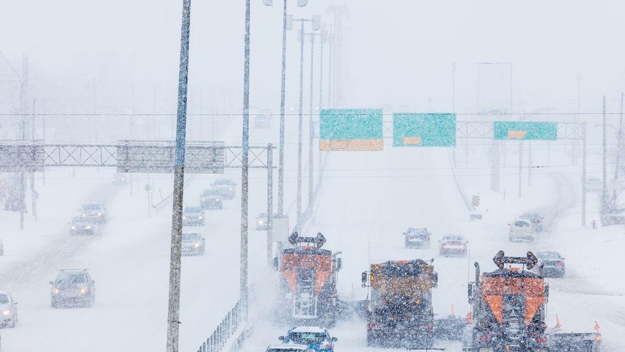La tempête de neige au Québec s'intensifie et voici tout ce qui est fermé aujourd'hui