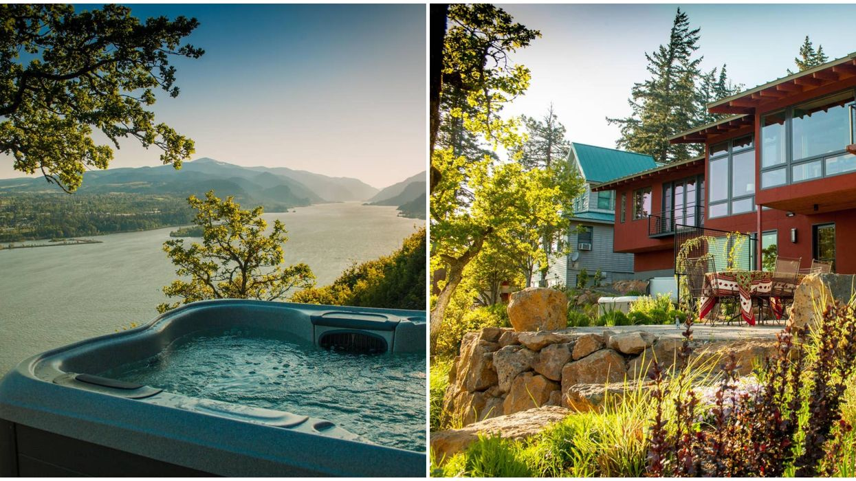This Romantic Getaway In Washington Comes With A Hot Tub Overlooking Colombia River