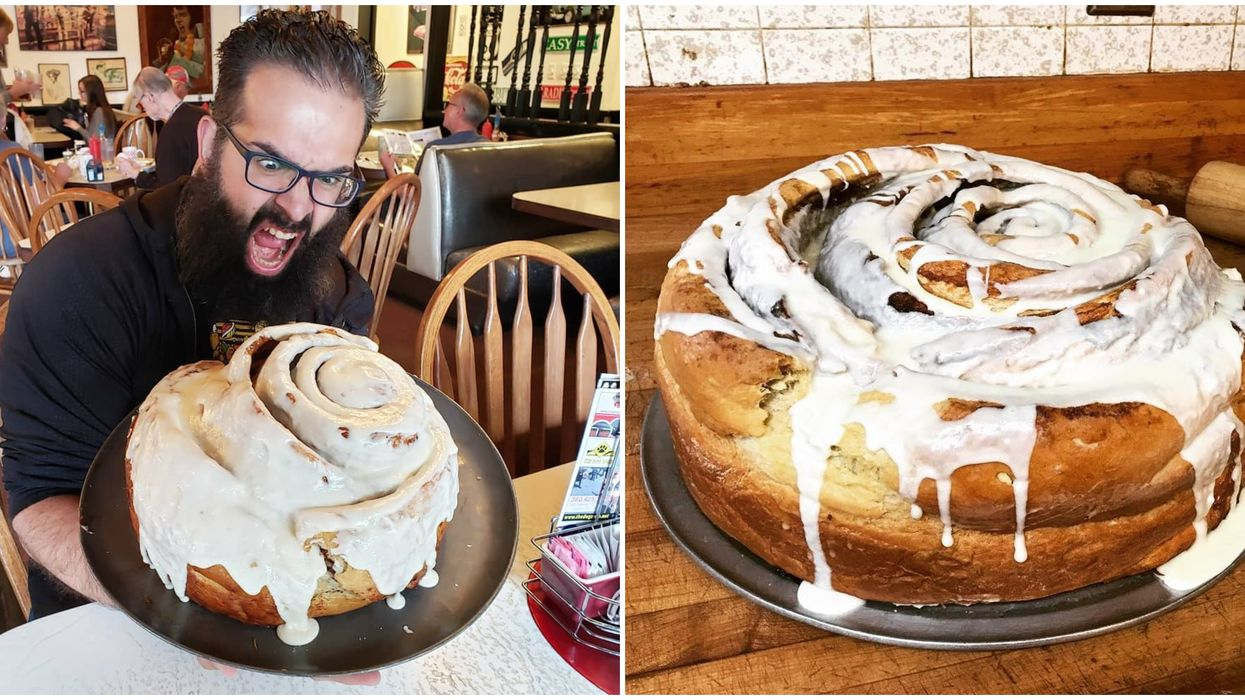 Food Challenges In Washington Includes Eating A 10 Lb Cinnamon Roll At Stuffy's 2