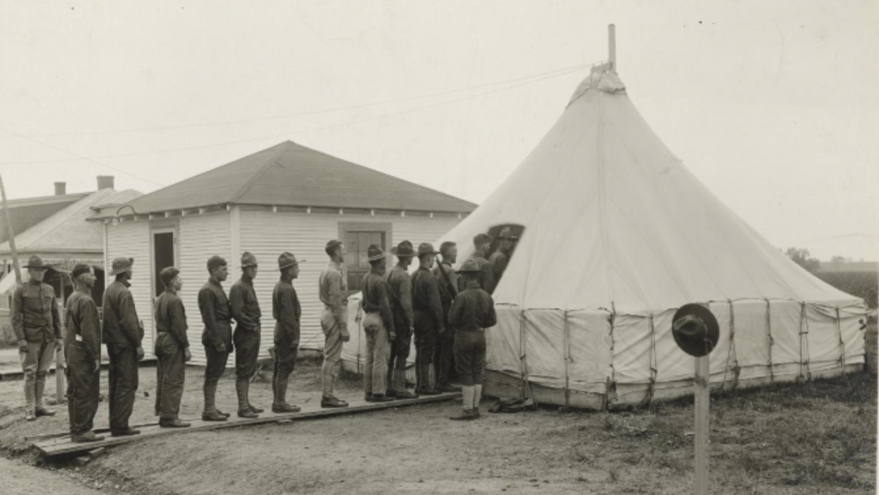 Photos From A Pandemic In 1918 Texas Really Highlight How Much Time Has Changed