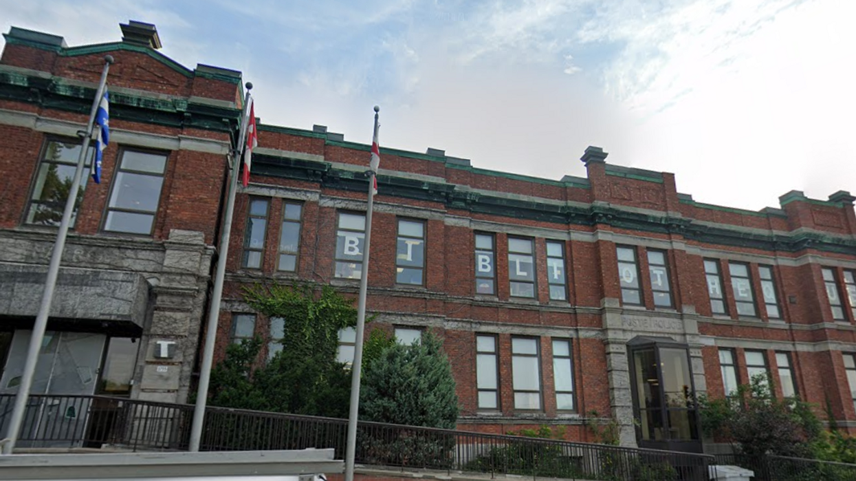COVID-19 : Une personne possiblement contagieuse a fréquenté une bibliothèque de Montréal