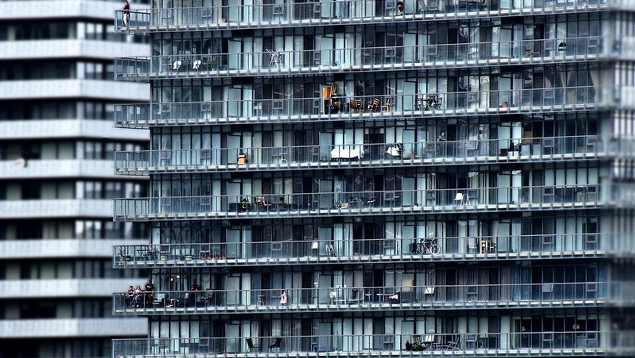 COVID-19 In Toronto: Residents Show Appreciation To Healthcare Workers From Their Balconies