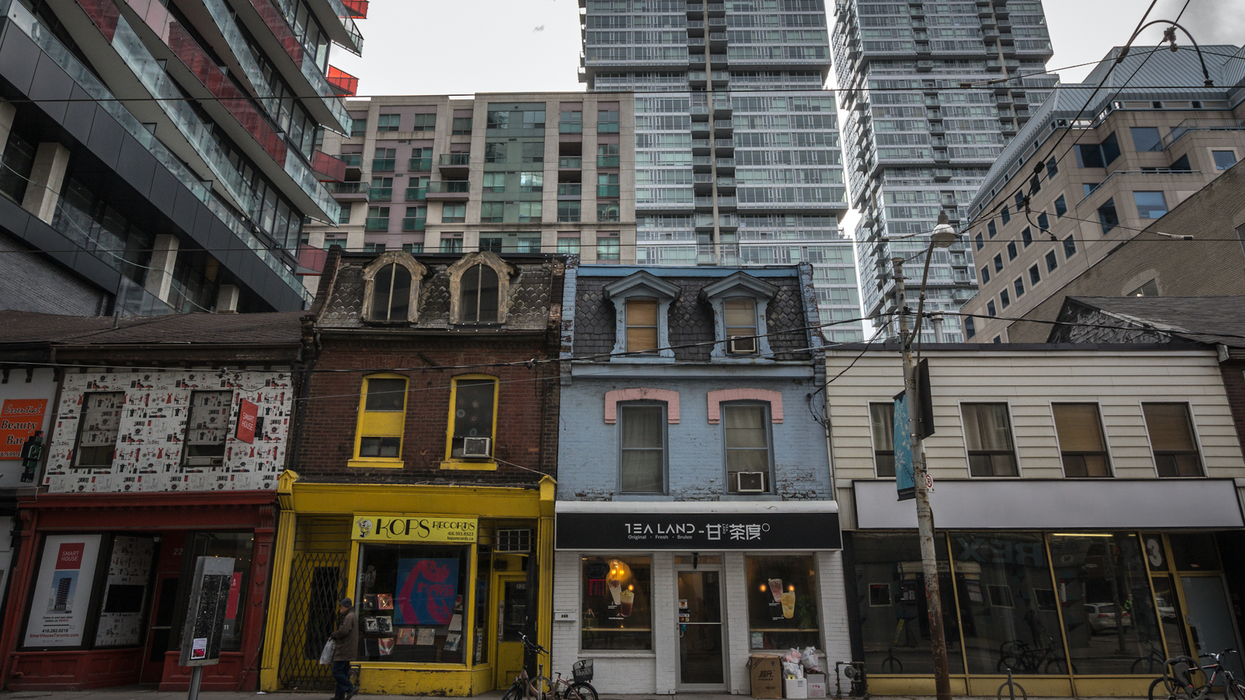 Compassionate Landlords Are Coming Through For Their Tenants In Toronto (PHOTOS)