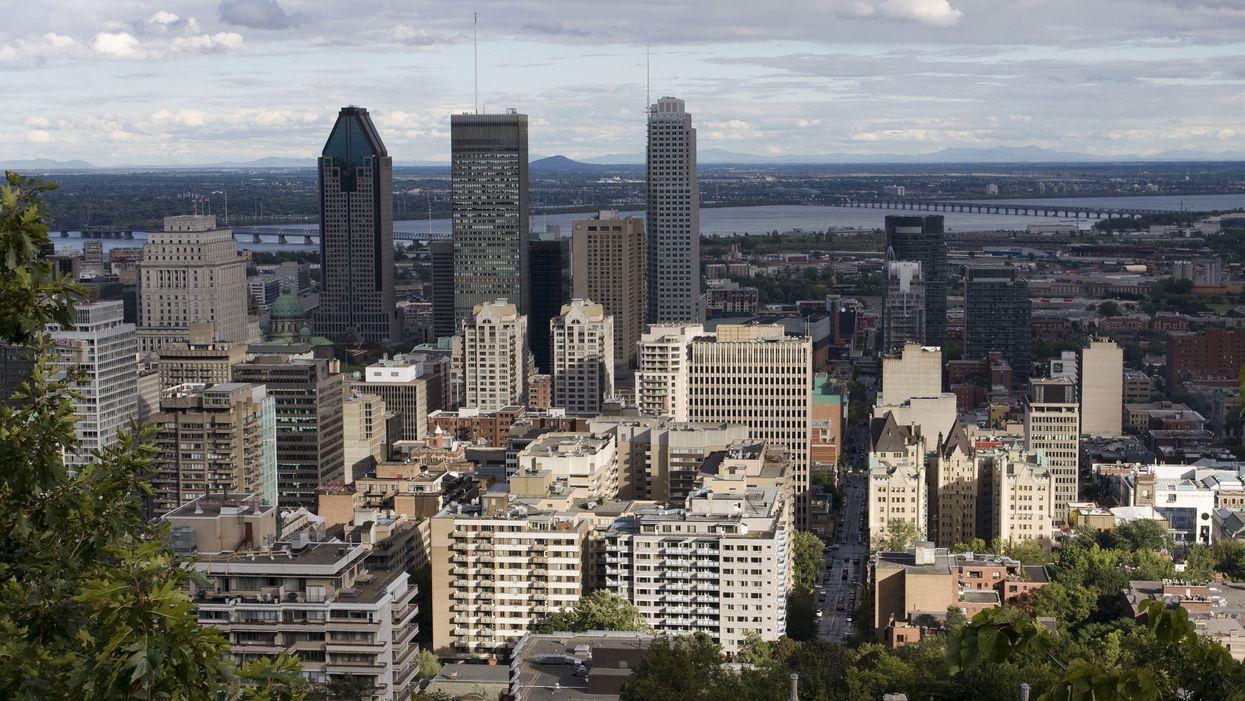 Les personnes de 20 à 29 ans sont les plus touchées par la COVID-19 à Montréal