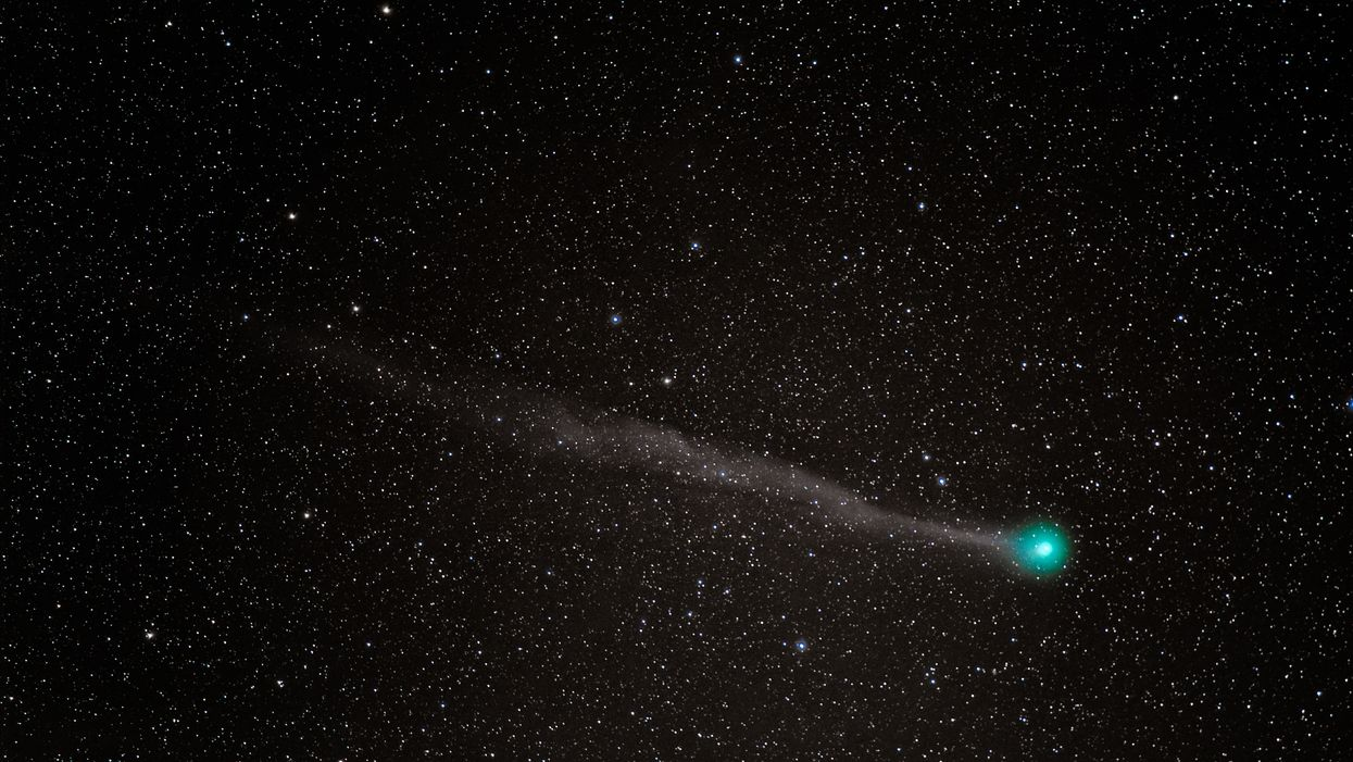 Atlas Comet Is Predicted To Be Visible From Arizona Skies Through May