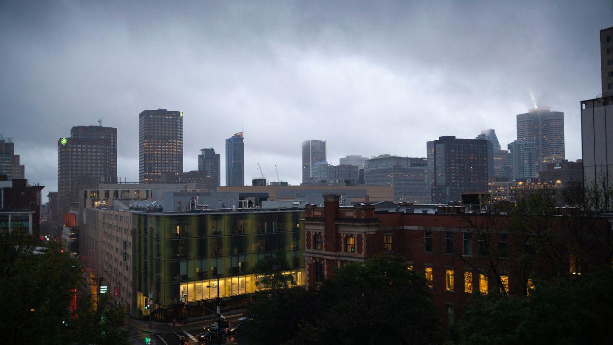 Environnement Canada émet une alerte de forte pluie pour Montréal