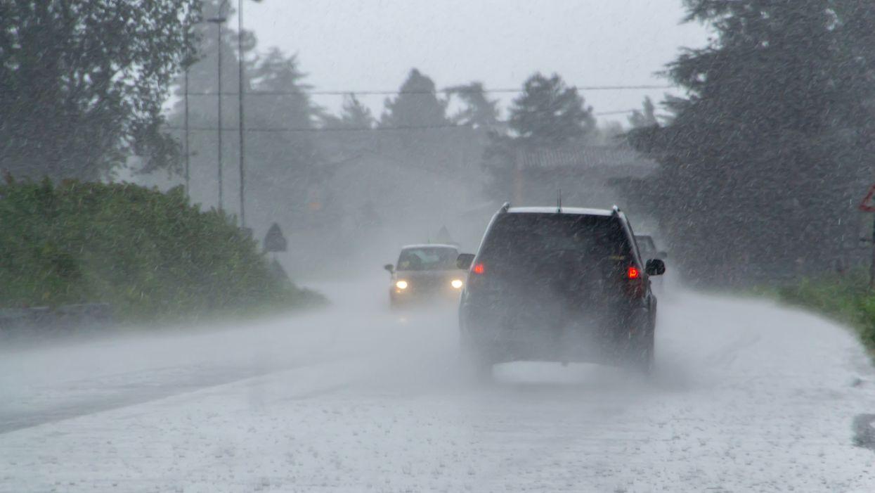 Des vents violents allant jusqu'à 90 km/h vont secouer plusieurs régions du Québec ce soir