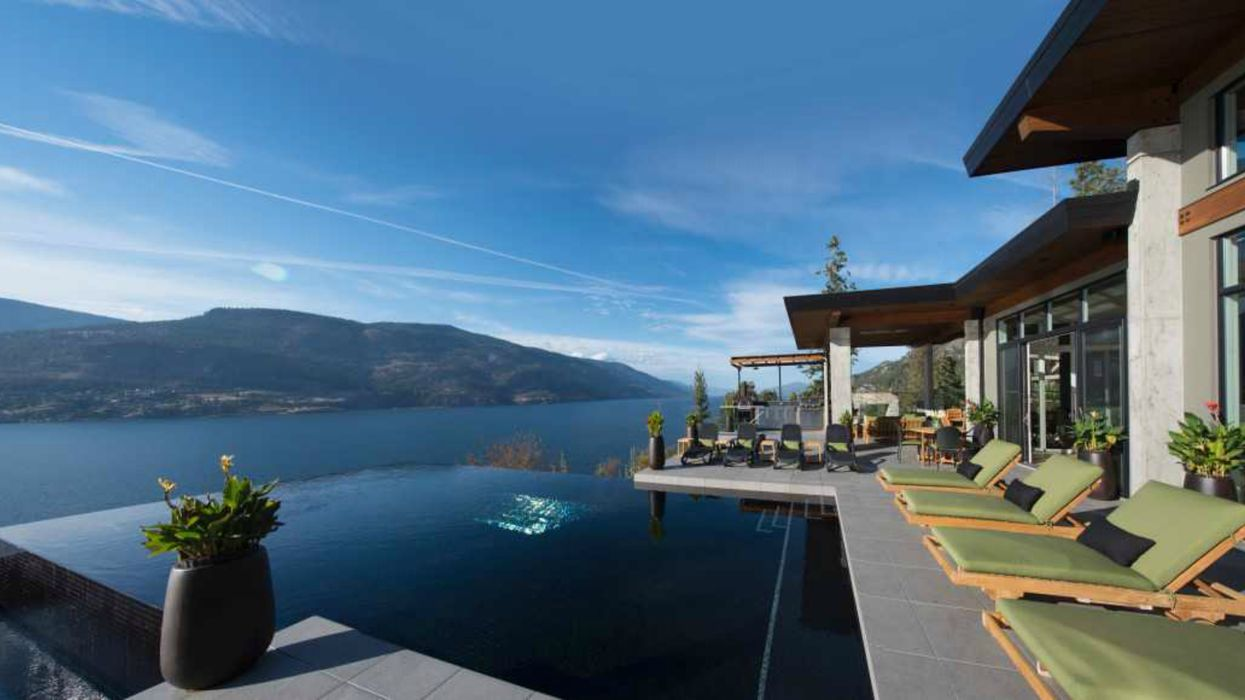 Waterfront BC Home For Sale With A Breathtaking Infinity Pool Is Like Heaven On Earth