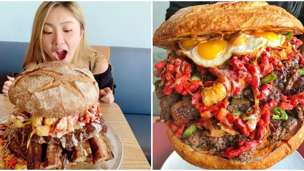 TrufflesnBacon Cafe In Las Vegas Has A Burger That Weighs Over 10 Pounds