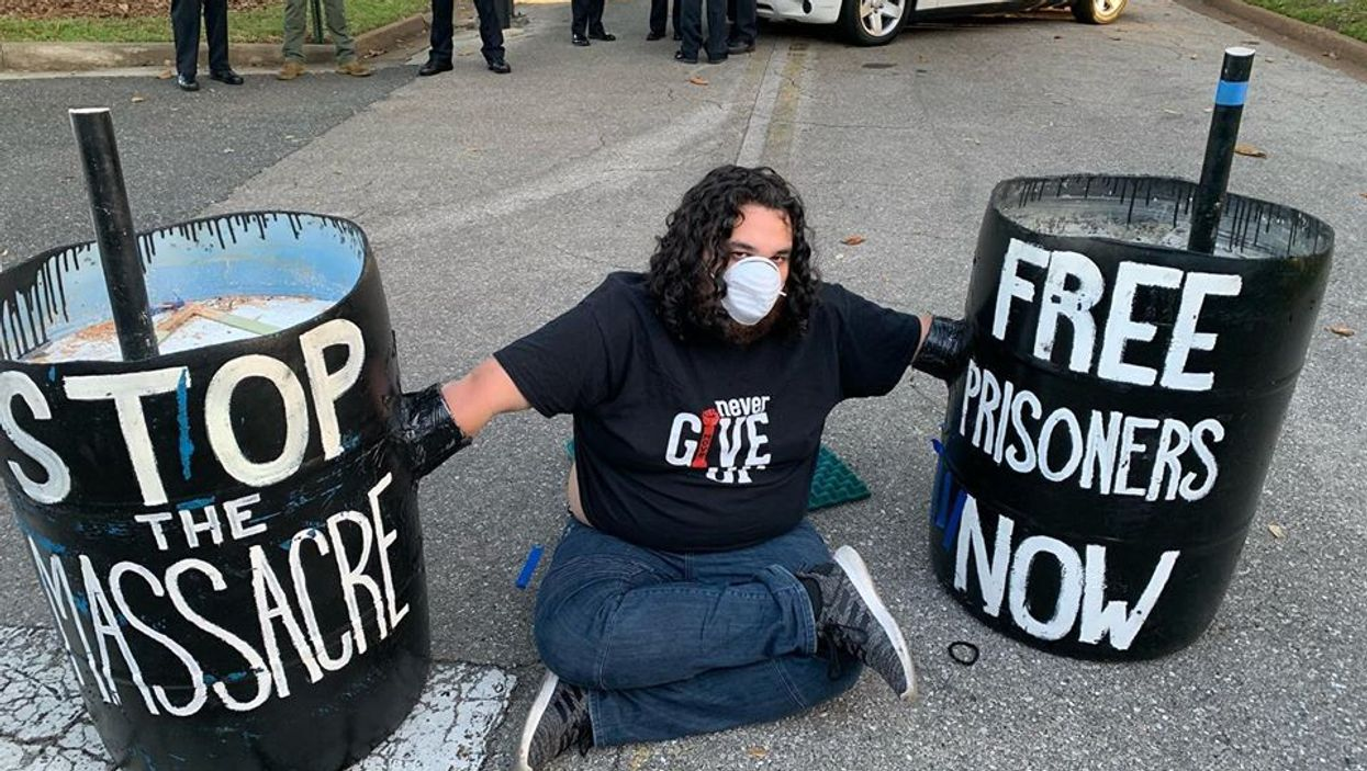 Florida Protestor Who Encased Hands In Concrete Fears Contracting COVID-19 After Arrest