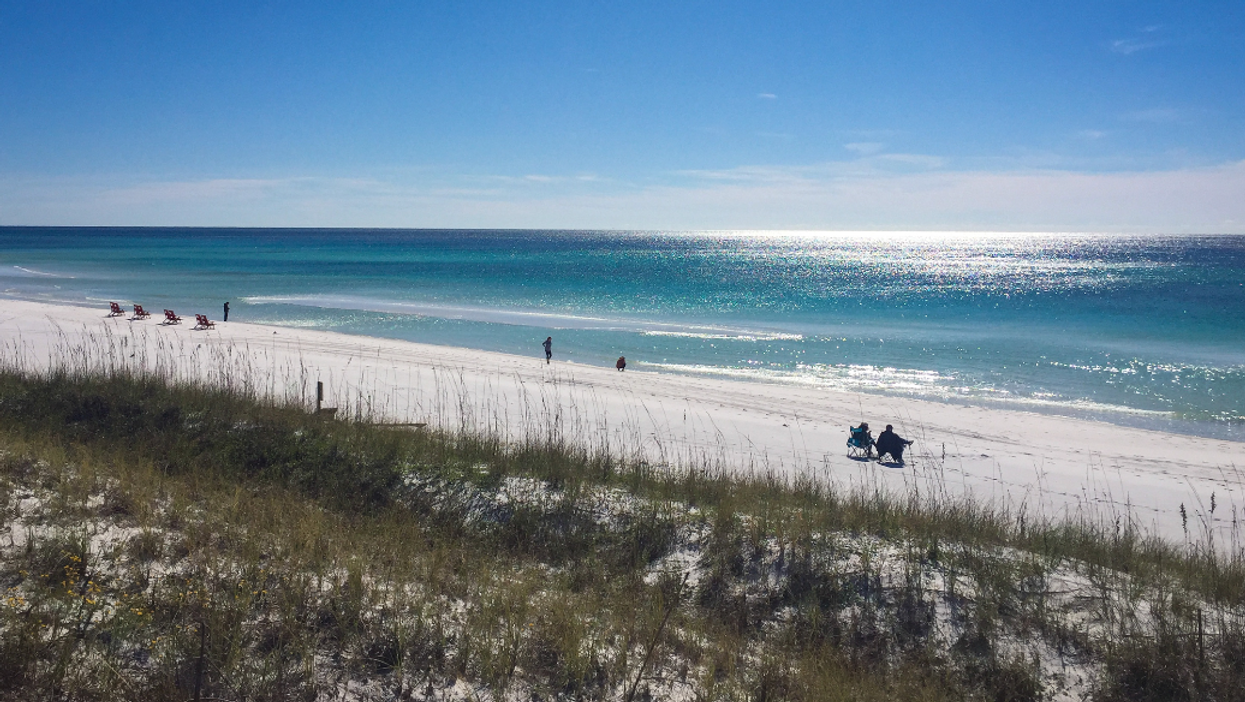 4 Hospital Officials Say Florida Should Open Their County Beaches
