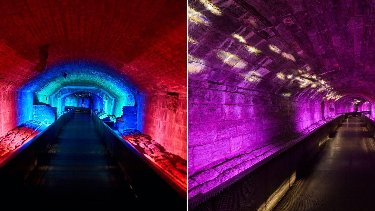 Le Musée Pointe-à-Callière offre une visite virtuelle d'un tunnel souterrain et illuminé