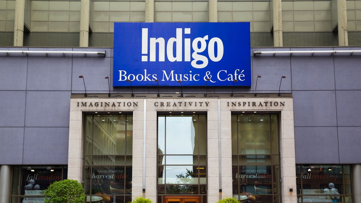 Indigo's Book Sale Is On Now & You Can Get Up To 40% Off Bestsellers