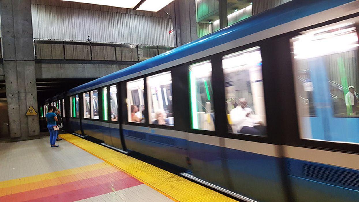 La STM va distribuer des masques et couvres-visages aux usagers du bus et du métro
