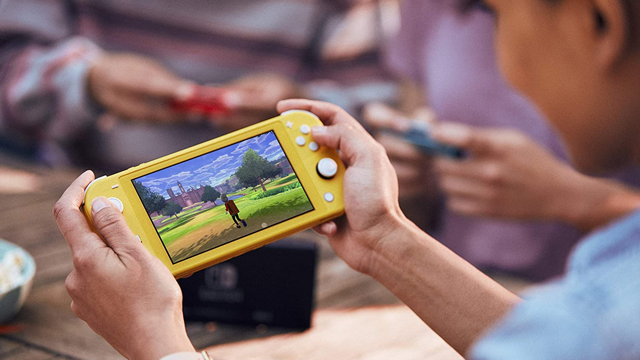 This Is Where You Can Get The Nintendo Switch Lite In Canada