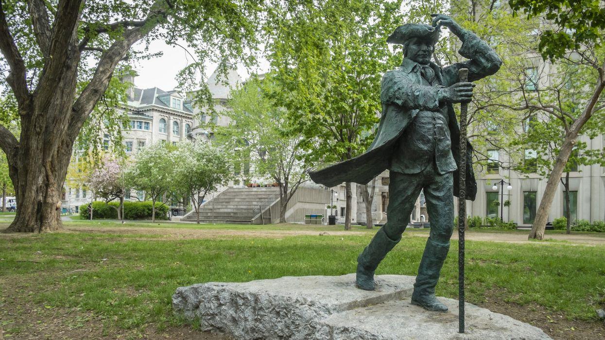 Une pétition pour le retrait de la statue du fondateur de l'Université McGill fait réagir