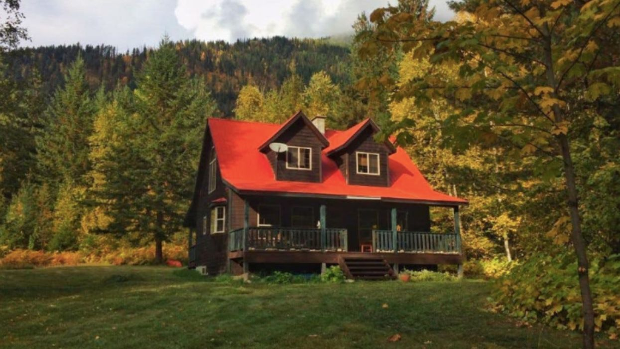 BC Cabin For Sale In The Mountains Is Cheaper Than A Vancouver Bachelor Pad