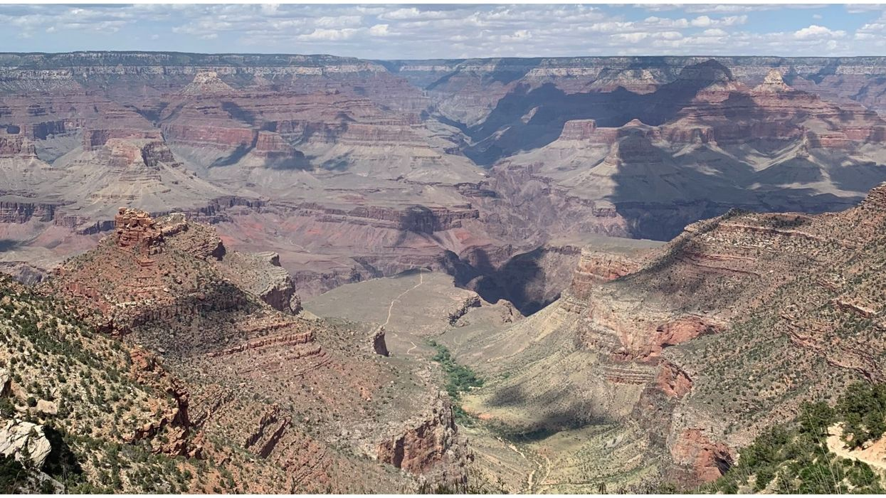 The Grand Canyon Is So Hot That Shoes Are Falling Apart (PHOTO)