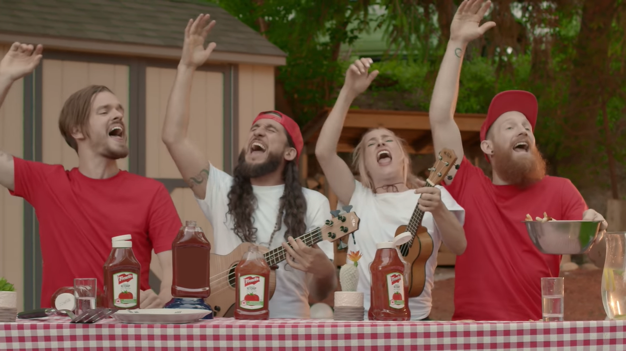 Walk Off The Earth Did A Version Of O Canada Using Sounds From Ketchup Bottles