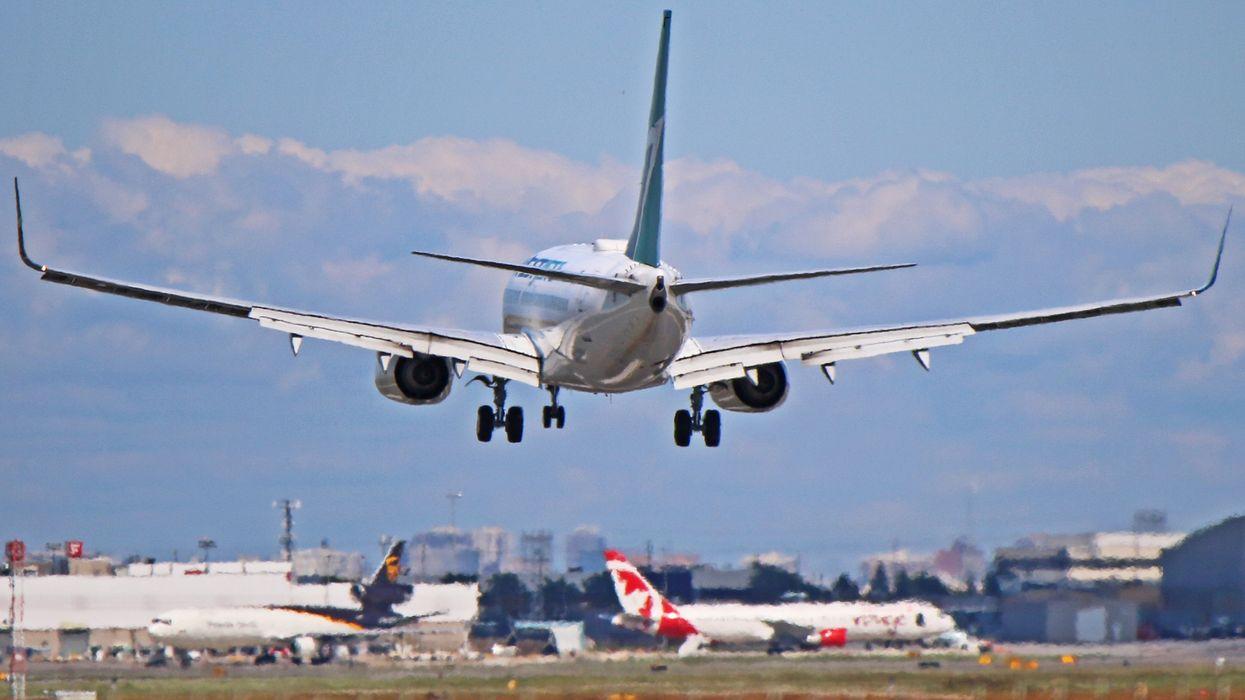 Air Canada et WestJet mettent fin aux mesures de distanciation entre les bancs d'avion