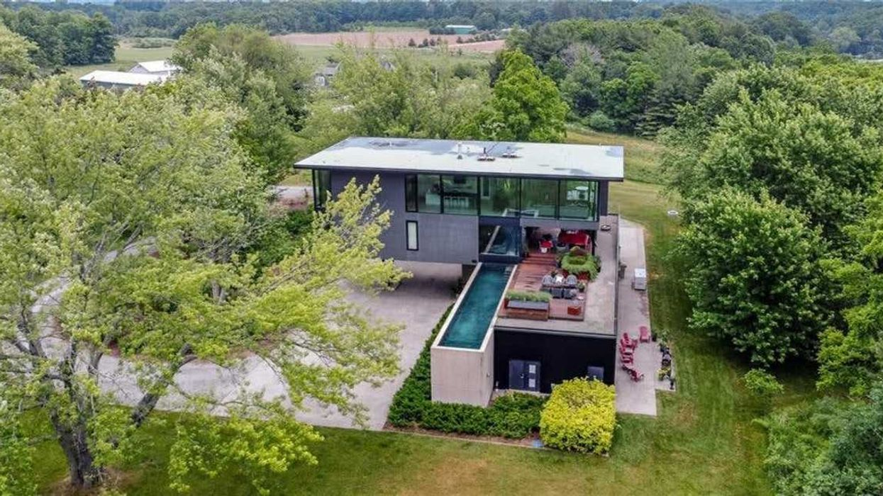 Ontario's Treehouse Home For Sale Is A Futuristic Dream (PHOTOS)