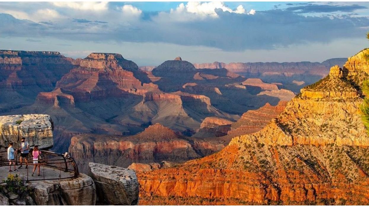 Grand Canyon National Park Shows You How Much Temps Drop In The Shade (PHOTO)