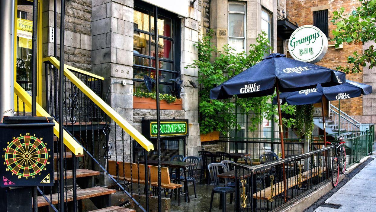 Les bars du Québec devront officiellement arrêter de servir de l'alcool à minuit
