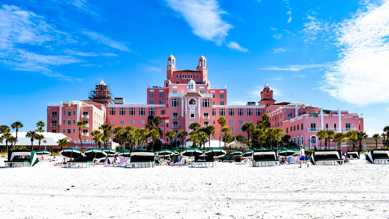Don CeSar Hotel In St. Petersburg Florida Wins Contest For Best Architecture PHOTOS