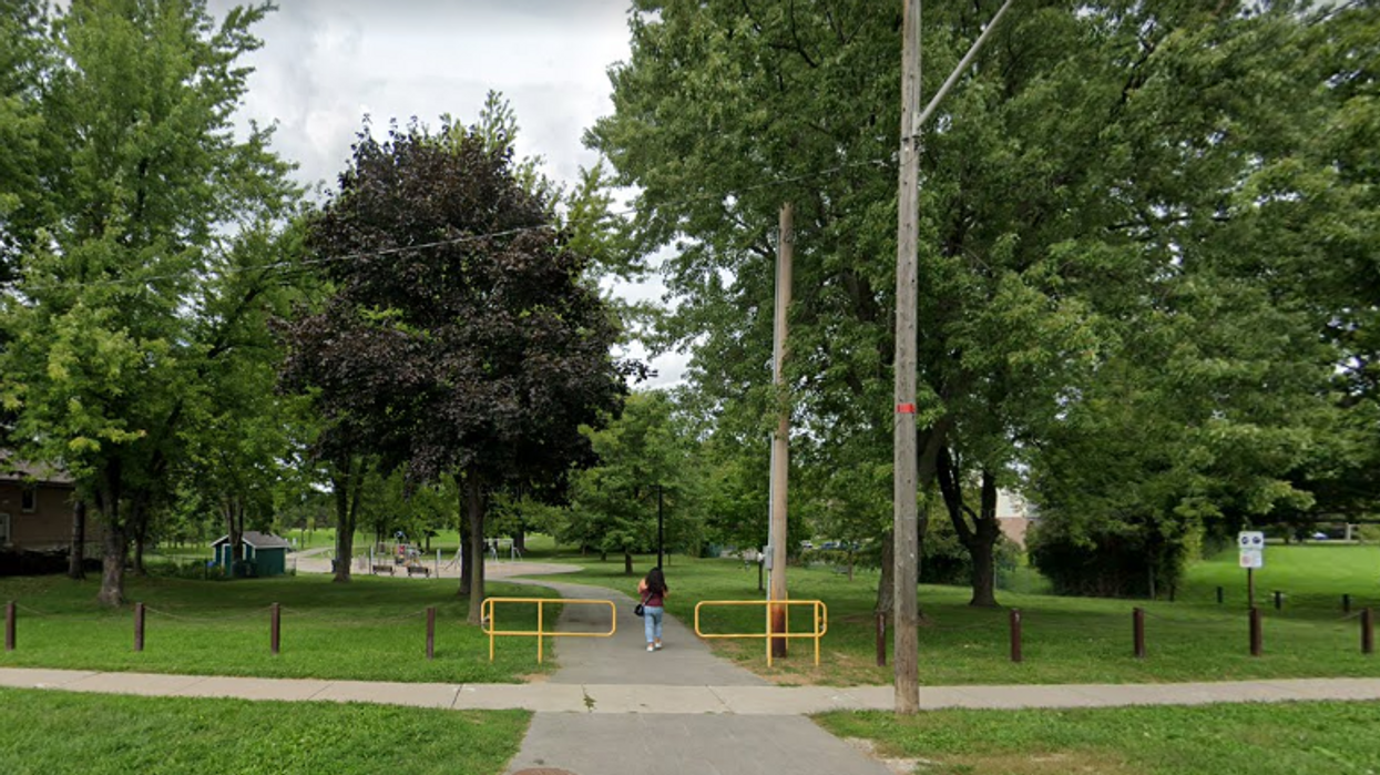 Heather Heights Woods Park Bystanders Keep Getting Attacked By A Man With A Hammer