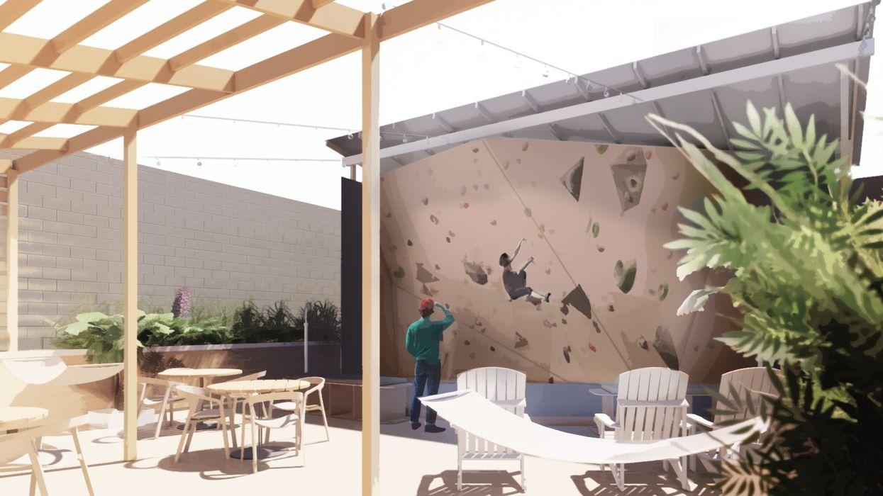Une nouvelle terrasses où prendre un verre et faire de l'escalade sur ce toit à Montréal