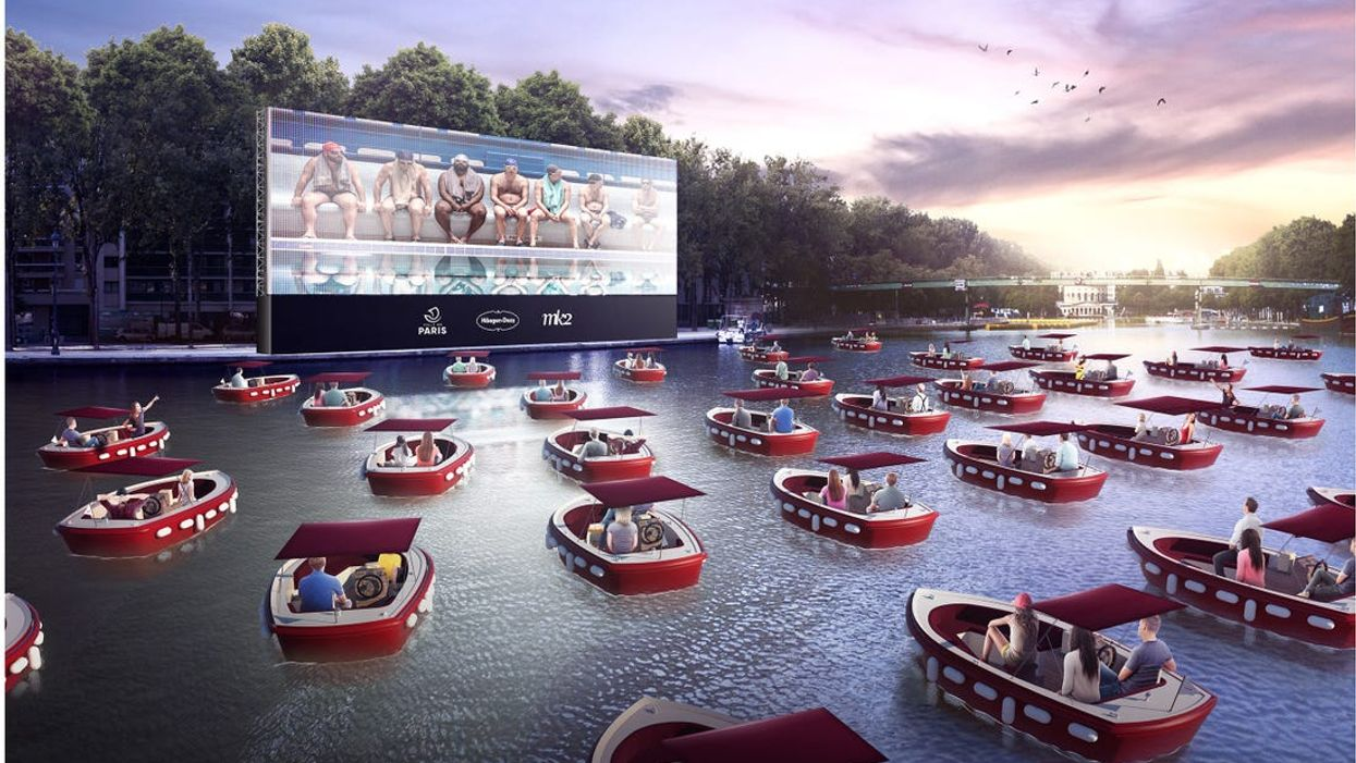 Vancouver's Floating Cinema Is Happening This Fall & You Can Watch Movies In Boats