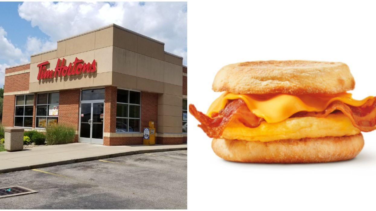 Tim Hortons change sa recette des sandwichs déjeuner et le bacon va être plus croustillant