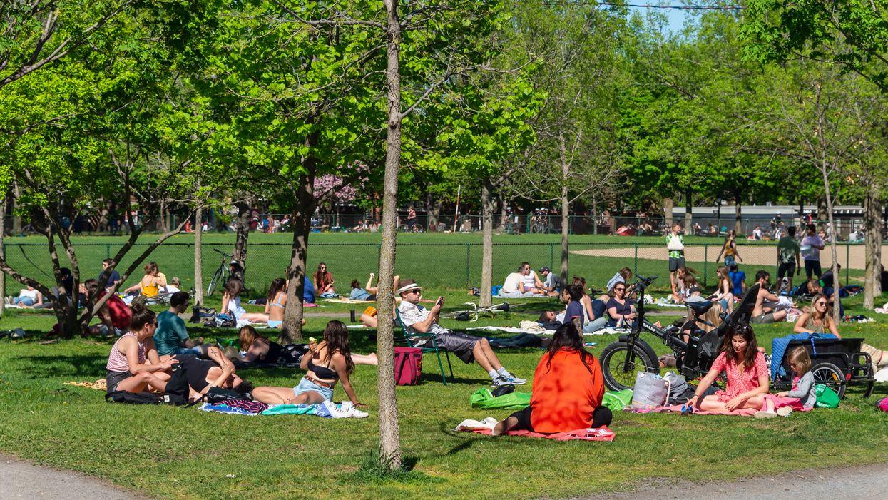 Les rassemblements de 250 personnes bientôt permis dans les lieux publics du Québec