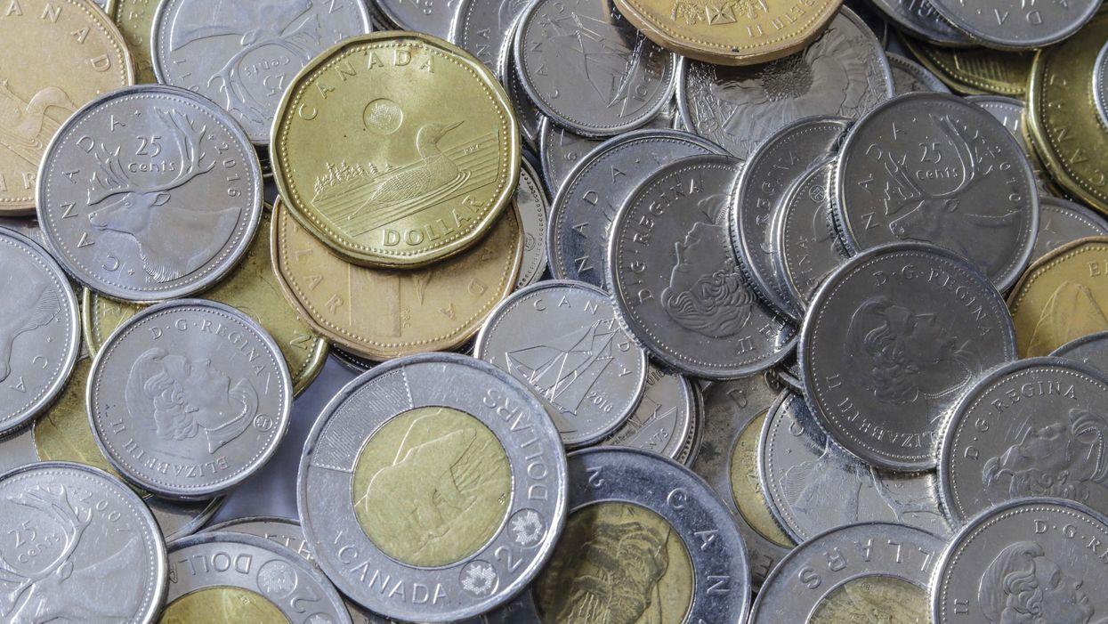 Voici à quoi ressemble la nouvelle pièce de 2 $ en circulation au Canada