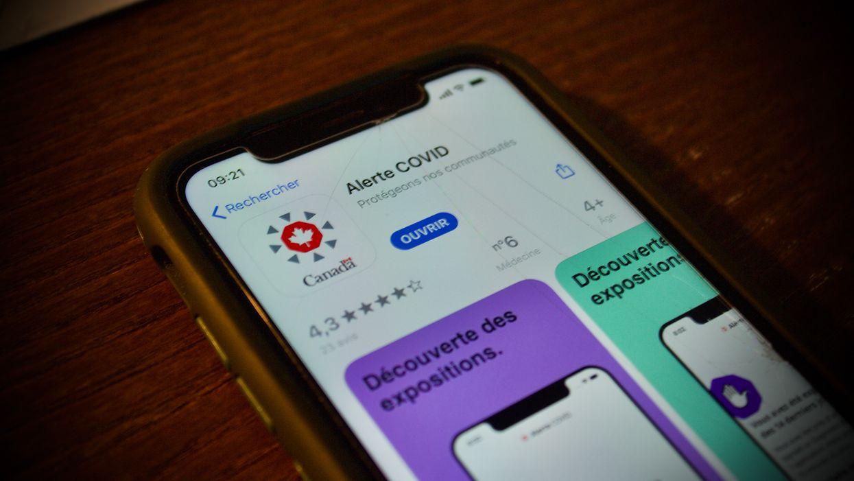 L'application qui permet de tracer la COVID-19 peut maintenant être téléchargée au Québec