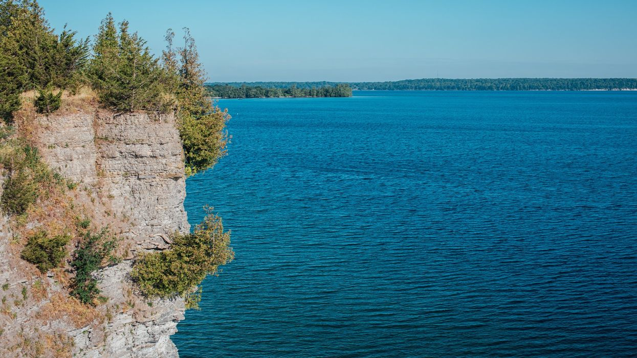 Little Bluff Conservation Area Is Closing After Being Swamped With People